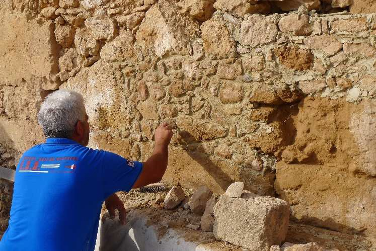 Restoration works on the Roman building by the Department of Antiquities, © MafaP